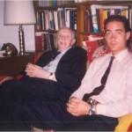 El Dr. Bernays y José Daniel Barquero después de una dura jornada de trabajo