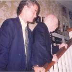 José Daniel Barquero y el Dr. Bernays dirigiendose al despacho para trabajar