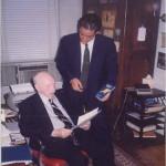 El Dr. Bernays preparando el viaje a España para la presentación del primer libro de José Daniel Barquero