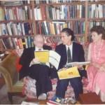 Revisando los planes de estudios de ESERP en los que el Dr. Bernays se implicó muy activamente como Presidente Honorífico