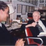 Reuniéndonos en el despacho del Dr. Bernays como cada día a las 9 de la mañana