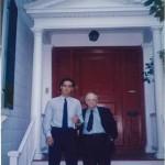 El Dr. Bernays y José Daniel Barquero listos para una jornada de trabajo