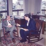 José Daniel Barquero reunido con Harold Burson tratando temas encargados por el Dr. Bernays sobre el Presidente Bush